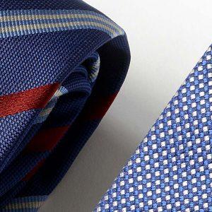 Andrew's Ties - Extralunga - Extra Long - Fondo Blu Elettrico - Electric Blue Background - Dettaglio - Detail