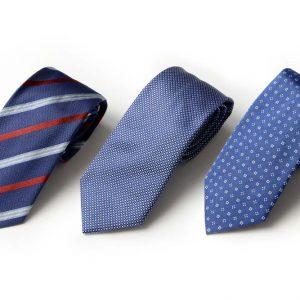 Andrew's Ties - Extralunga - Extra Long - Fondo Blu Elettrico - Electric Blue Background - Presentazione - Presentation