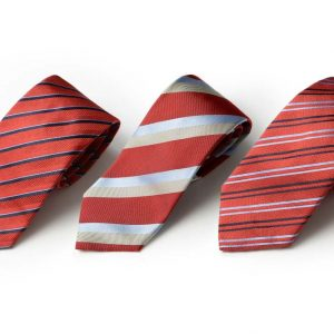 Andrew's Ties - Extralunga - Extra Long - Fondo Rosso - Red Background - Presentazione - Presentation