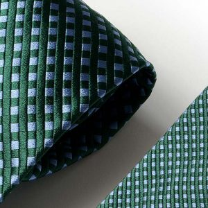 Andrew's Ties - Extralunga - Extra Long - Fondo Verde - Green Background - Dettaglio - Detail