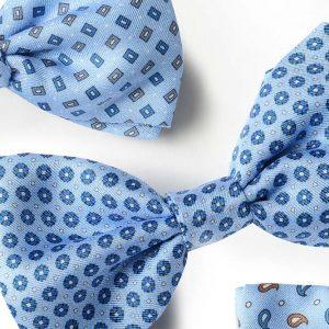Andrew's Ties - Papillon Fantasia - Fantasy Bow Tie - Fondo Azzurro - Light Blue Background - Dettaglio - Detail